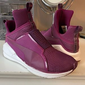 Woman's Purple Puma Sneakers